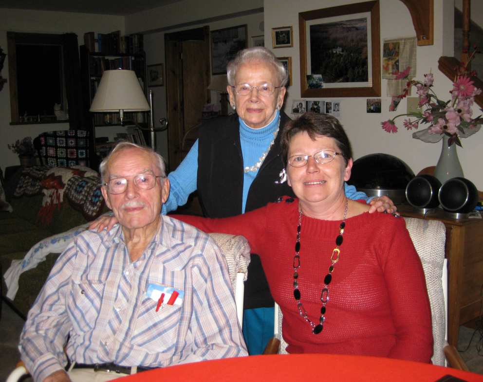 Ruth with brother Howard and niece Jill Harpley (John's daughter)